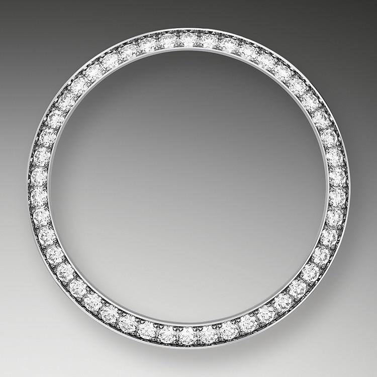 DIAMOND-SET BEZEL